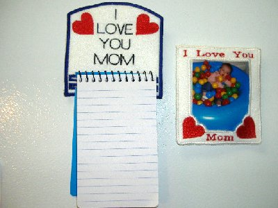mothers-day-photo-frames-notepad-holders-machine-embroidery-design